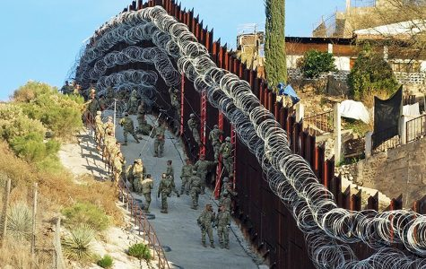 City of Nogales Threatens to Sue Over Border Wall Razor Wire